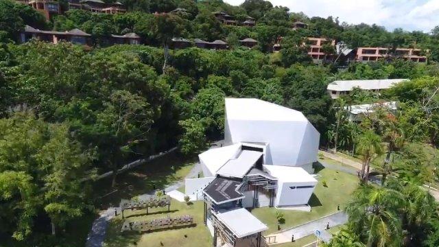 """Aqua Dome"" สัมผัสมิติใหม่โลกใต้ทะเลภูเก็ต"