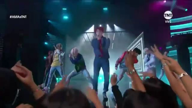BTS โชว์สเต็ปสุดยอดบอยแบนด์เคป็อปบนเวที American Music Awards