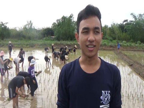 นายซีทา หมืน นักศึกษาทุนจากประเทศกัมพูชา